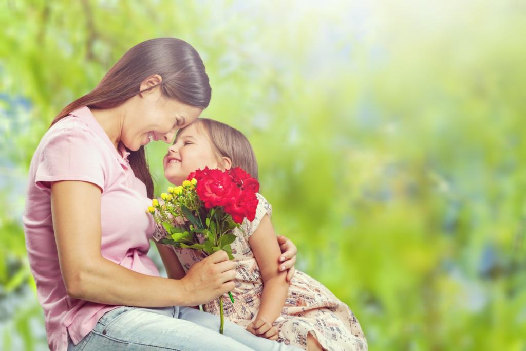 Supermercados Econo cierra para celebrar el Día de las Madres en familia